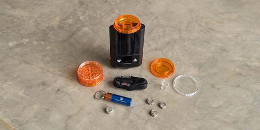 Cleaning a vaporizer